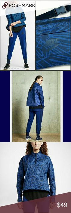 NWT NIKE PACKABLE BREAKER HALF-ZIP JACKET Jacket keeps the elements at bay with a mock-neck design and extended hem. This light jacket folds into a front pocket and transforms into a waistpack when conditions improve. BENEFITS  Packable design converts to a waistpack for hands-free convenience Mock neck zips up to your chin for comfort and coverage Ergonomic seams allow natural range of motion Drop-tail hem enhances coverage PRODUCT DETAILS  Fabric: 100% polyester Machine wash Imported Nike…