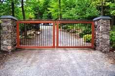 Westchester Automated Gate fabricates and installs residential and commercial driveway gates. Includes Service Calls for Automated Gate Operating Systems. Front Gates, Entrance Gates, Entrance Ideas, Front Fence, Grill Gate Design, Fence Design, Farm Gate, Fence Gate, Front Porch Landscape