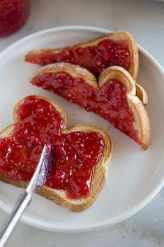 Raspberry Freezer Jam Recipe - Tastes Better From Scratch Raspberry Freezer Jam, Homemade Raspberry Jam, Freezer Jam Recipes, Cooking Recipes, British Dishes, Baby Snacks, Happy Vegan, Peach Jam, Jam On