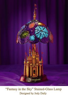 Disneyland Castle Stained-Glass Lamp by Miehana. Kevin Kidney and Jody Daily make the most beautiful things. Walt Disney, Disney Magic, Disney Pixar, Disney Dream, Disney Style, Disney Love, Disneyland Castle, Disney Rooms, Disney Nursery