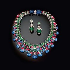 The Collier Hindou and earrings that sold as Lot 390 at Christie's Geneva in 1991