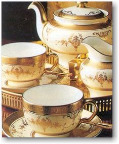 The Minton Riverton pattern went in to production in 1926 and was discontinued in 2011. It still commands strong market prices. It has an elegant floral gold encrusted rim with a gold verge. The Minton company was founded by Thomas Minton in 1793.
