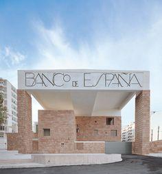 Brick Architecture, Minimalist Architecture, Architecture Visualization, Amazing Architecture, Interior Architecture, Supreme Court Building, Arch Interior, Famous Architects, Le Corbusier