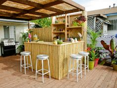 An outdoor bar makes entertaining so easy! Check out these awesome built-ins and creative DIY ideas that are perfect for any backyard party. ideas about Patio bar, Outdoor bars near me and Farmhouse outdoor bar furniture. Outdoor Bar Furniture, Diy Outdoor Bar, Outdoor Rooms, Outdoor Living, Outdoor Decor, Diy Furniture, Rustic Outdoor, Outdoor Projects, Modern Furniture