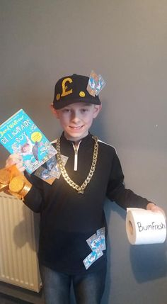 Billionaire Boy by David Walliams for world book day. Simple and quick costume Kids Book Character Costumes, Children's Book Characters, Character Dress Up, Book Character Day, Book Costumes, World Book Day Costumes, Teacher Costumes, Book Week Costume, Girl Costumes
