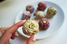 Healthy Vegan Pistachio Raspberry Bliss Balls #vegan #snacks #treats #healthy #veganeats