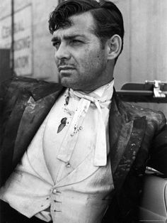 """""""Types really don`t matter. I have been accused of preferring blondes. But I have known some mighty attractive redheads, brunettes, and yes, women with grey hair. Age, height, weight haven`t anything to do with glamour."""" Clark Gable"""