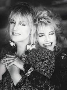 Dugzter's Fleetwood Mac Trade Page: Christine McVie and Stevie Nicks - how sweet! (SISTERS OF THE MOON)
