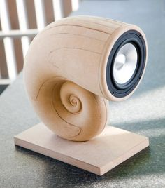 Elegant spiral full-range DIY speaker. The build will be made from Baltic Birch Ply segments glued together. Has anyone else tried this kind of builder before.