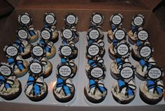 These were amazing....saw them in person!    cupcake for cheerleaders with fondant bows!