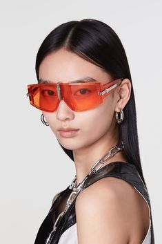 Gentle Monster and AMBUSH are here to help you realize your boldest, most unapologetic look of the summer. Red Sunglasses, Sunnies, Beach Sunglasses, Trending Sunglasses, Petty Girl, Rain Hat, Glamour, Luxury Jewelry, Eyewear