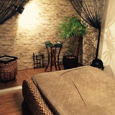 LACROWAさんの、Bedroom,観葉植物,無印良品,IKEA,DIY,一人暮らし,マンション,バリ,壁紙,セラミスについての部屋写真