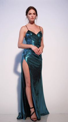 Evening Gowns For Petite Women Tight Dresses, Satin Dresses, Ball Dresses, Sexy Dresses, Beautiful Dresses, Fashion Dresses, Prom Dresses, Formal Dresses, Formal Prom