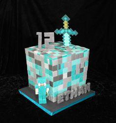 Minecraft diamond block cake Minecraft Torte, Minecraft Birthday Cake, Teen Boy Cakes, Cakes For Boys, 8th Birthday Cake, Birthday Parties, Birthday Ideas, Pastel Minecraft, Diamond Cake