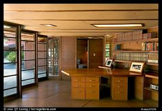 Library and study, Hanna House, a Frank Lloyd Wright masterpiece. Stanford University, California, USA