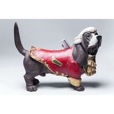 Κουμπαράς Buttler Dog Από κανένα καλό σπίτι δεν πρέπει να λείπει ένας Buttler, ειδικά αυτός ο αρχοντικός σκύλος που είναι κουμπαράς και συγχρόνως ένα υπέροχο διακοσμητικό στοιχείο στο χώρο. Υλικό: polyresin . Doge, Dog Lovers, Lion Sculpture, Puppies, Statue, Cubs, Pup, Newborn Puppies, Puppys