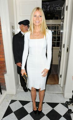 Whether acting on the big screen, working it on the red carpet, or dreaming up healthy recipes for Goop.com, Gwyneth Paltrow does it all with impeccable style. Get inspired by this talented lady with simple, flattering dresses, classic shirts, and beautiful accessories!