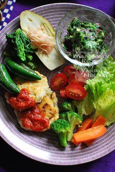マクロビオティック ワンプレートランチ Diet Recipes, Cooking Recipes, Healthy Recipes, Healthy Plate, Plate Lunch, Healthy Meal Prep, Vegan Dishes, Food Plating, Japanese Food