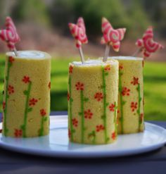 1000+ images about Mini Pastries- Pastry Table Ideas on Pinterest ...