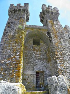 Visit Portugal, Portugal Travel, Abandoned Houses, Middle Ages, Lisbon, Palace, Medieval, Places To Go, Past