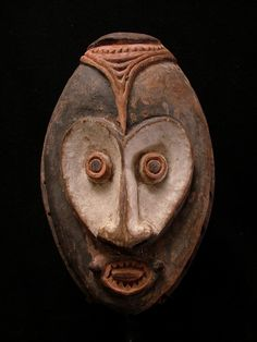 Dynamic Early Mask - Middle Sepik New Guinea 1970's
