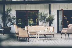 Vintage furniture lounge area for wedding