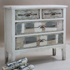 Cassettiera shabby legno dipinto Cassettiera decò in legno dipinto, 4 cassetti, legno massello di abete, interni mdf cm 100 x 36 H 95
