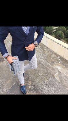 hot sale online f1311 68c42 Weekend delight with Juzt like this 👆.Club it with pastel shade trouser for  strong look effect. Highlight the look with check scarf and a golden watch.