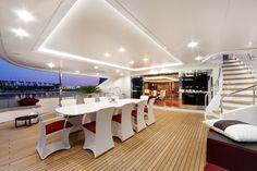 upper deck M/Y Prima 2011