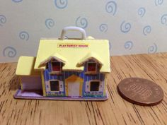 Hand made Dolls house Miniature replica vintage fisher price play family house 1/12 scale