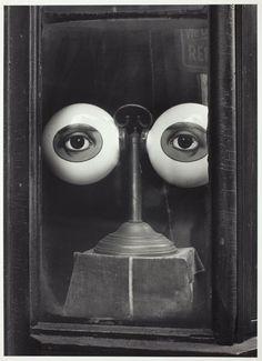 Irving Penn, Optician's Shop Window, New York, c1939