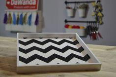 DaWanda DIY: Tablett mit Chevron-Muster