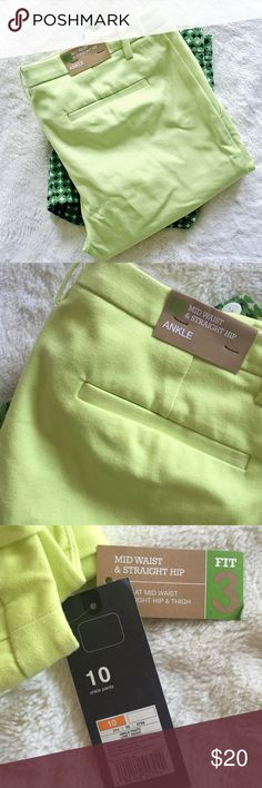 ✨NEW LISTING✨  Mossimo Trousers NWT Mossimo citrine-colored dress pants. Size 10. Target.  ✨10%✨off with bundle!  ⭐️Suggested User⭐️ Fast Shipping Non-Smoking No trades/PayPal Open to fair offers Instagram: laurentopor Tumblr: nearlynewbylo  ✨ Happy Poshing ✨ Mossimo Supply Co. Pants Ankle & Cropped