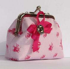 frame purse with a bow & printed fabric lining