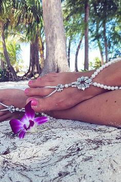 ffae44dd14775 Barefoot Sandals for Your Beach Wedding Shoes