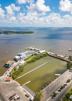 Planning a trip to Cedar Key Florida just got easier for you with this guide on the 12 best things to do in Cedar Key, including tips on activities, where to eat and drink, and where to stay. #Florida #CedarKey #vacations #beaches #familytravel #floridatravel