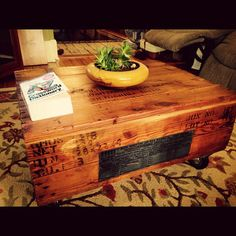 Shipping Crate Coffee Table with by CedarStWoodWorks on Etsy