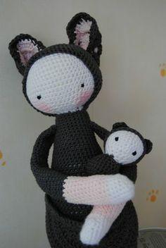 KIRa the kangaroo made by petitescreas / crochet pattern by lalylala