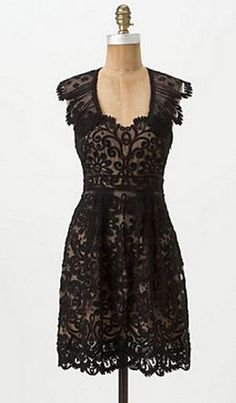 This would be such a fun dress to wear!