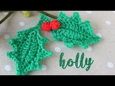 Today I show you how to crochet a holly leaf with berries! An easy project suitable for beginners. This tutorial is part of my countdown to Christmas advent . Christmas Crochet Patterns, Christmas Knitting, Crochet Christmas, Crochet Flower Tutorial, Crochet Flowers, Christmas Ornament Crafts, Handmade Christmas, Christmas Leaves, Holly Leaf
