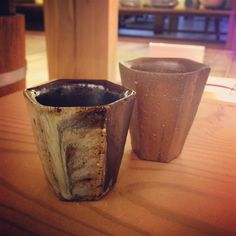 ABCB乙種十作酒器展から平岡仁さんの朝鮮唐津六角ぐい呑緋襷六角ぐい呑 #織部 #織部下北沢店 #陶器 #器 #ceramics #pottery #clay #craft #handmade #oribe #tableware #porcelain