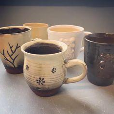 Mary (@marysplinter) op Instagram: 'Deze mokjes zijn klaar voor gebruik! #ceramic #ceramics #clay #keramiek #klei #handthrown #handmade…'