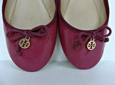 Tory Burch Chelsea Purple Ballet Flats Shoes 9.5 Purple Patent Leather Charms #ToryBurch #BalletFlats