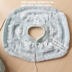 Knit Baby Vest Rob Models e sua construção Crochet Baby Sweaters, Knitted Baby Cardigan, Baby Pullover, Knitted Bags, Crochet Clothes, Knitting Blogs, Easy Knitting Patterns, Baby Knitting, Crochet Vest Pattern