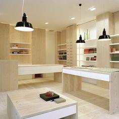 Retail Design | Store Interiors | Shop Design | Visual Merchandising | Dressler Papeterie und Accessoires by eins:33
