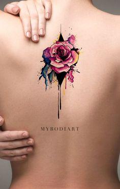 Cool Watercolor Melting Rose Back Tattoo Ideas for Women - Unique Neo Traditional Floral Flower Spine Tat - ideas de tatuaje de espalda de rosa de acuarela  - www.MyBodiArt.com #tattoos
