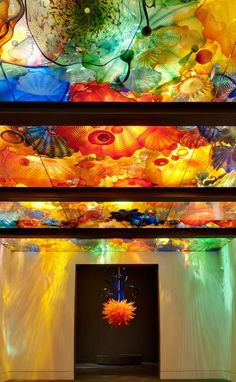Dale Chihuly. I saw one of his Seaforms displays like this years ago & it started a love of his work that has only increased. He is truly an exceptional artist.