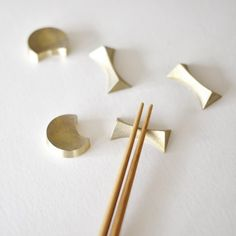 A gorgeous set of brass chopstick rests that would look beautiful anywhere, but especially on a nice wooden table next to a bowl of steaming rice. €87,50