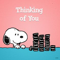 Snoopy with a stack of Oreos - Thinking of You. Peanuts Cartoon, Peanuts Snoopy, Snoopy Cartoon, Snoopy Comics, Peanuts Characters, Cartoon Characters, Background Cool, Charlie Brown Und Snoopy, Hello Kitty Imagenes