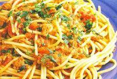 Delicious Italian Spaghetti with Tuna and Anchovies  #recipes #spaghetti #food #cooking